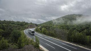 Los transportistas gallegos resaltan que los peajes de la AP-9 vuelven a ser los que más suben