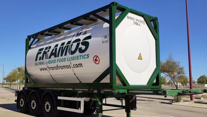 Farcinox estrena una línea de producción para contenedores cisterna