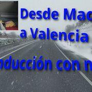 Conducción de camión con nieve en ruta de Madrid a Valencia