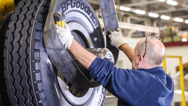 """Ventas de neumáticos en Europa en 2020: año """"muy difícil"""" con caídas en casi todos los segmentos"""