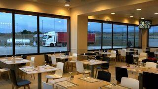 Los transportistas gallegos piden a la Xunta poder comer en el interior de los restaurantes de carretera