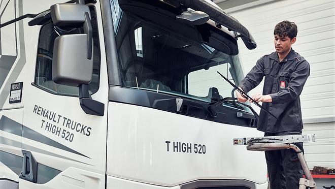Renault Trucks configura planes de mantenimiento para camiones de más de cinco años