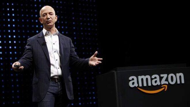 Jeff Bezos dejará de ser CEO de Amazon este verano