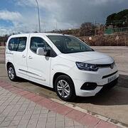 Al volante de la Toyota Proace City Combi 1.5D: Alma gallega, espíritu nipón