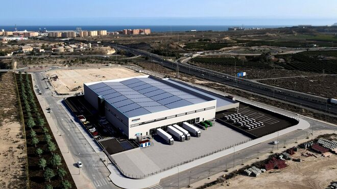 Más de 300 transportistas podrán prestar servicios en la nueva estación de Amazon en Alicante
