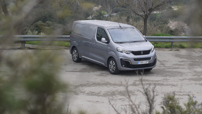Peugeot Expert Eléctrico 136 cv: ¡Qué bueno!