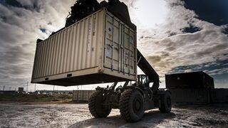 La DGT permite que los camiones puedan transportar hasta 44 t en contenedores de 45 pies