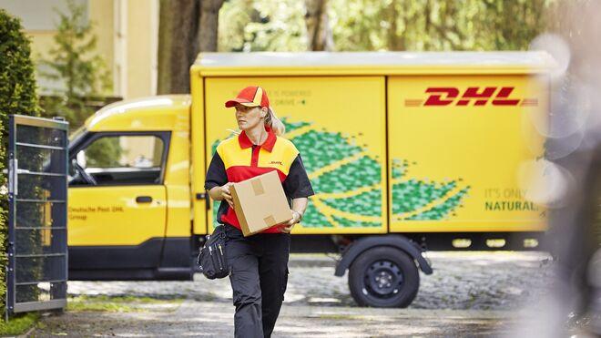 DHL invertirá 7.000 millones de euros hasta 2030 para reducir su huella de carbono