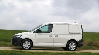 Adif renueva 354 de sus vehículos comerciales con Volkswagen