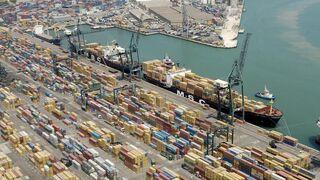 El Puerto de Barcelona prepara un plan de contingencia ante aluvión de tráfico de Asia