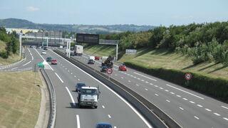 Abierto el tránsito de camiones este 5 de abril hacia Francia (con excepciones y no por Cataluña)