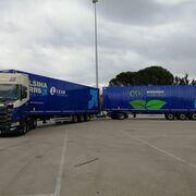 Calsina Carré incorpora un duotráiler remolcado por una tractora Scania V8