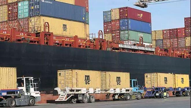 El transporte se asfixia por esperas de hasta 7 horas en carga y descarga en azulejeras y terminales