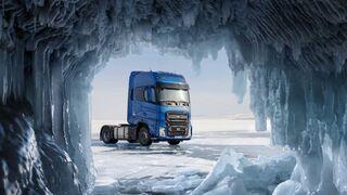 El Ford Trucks F-MAX establece un récord de velocidad en las aguas heladas del lago Baikal
