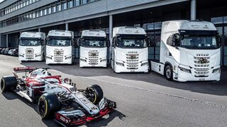 Iveco entrega cinco camiones a Alfa Romeo Racing Orlen
