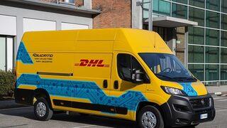 DHL se compromete a tener 14.000 furgonetas eléctricas en 2030