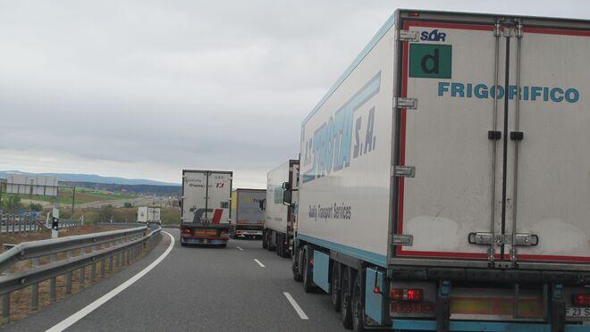 Levantadas las restricciones a camiones en el Puente de Mayo