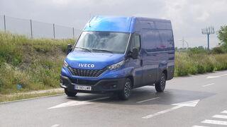 Al volante de la Iveco Daily 35.160 Hi-Matic. Lo mejor de dos mundos