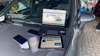 Desarticulada una organización dedicada a copiar en los exámenes de conducir