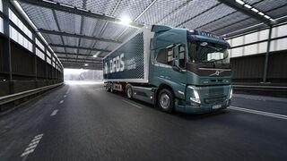 Volvo Trucks impulsa la electromovilidad en su cadena de suministro