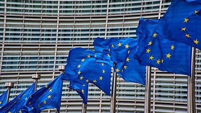 La Comisión Europea acepta una iniciativa para prohibir anuncios de combustibles fósiles