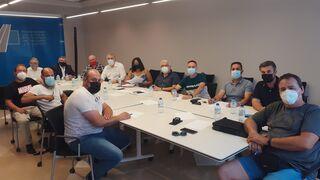 Los transportistas valencianos crean la Comisión del Puerto para atajar sus problemas
