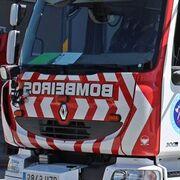Muere el conductor de un camión al despeñarse por una cantera en Orense