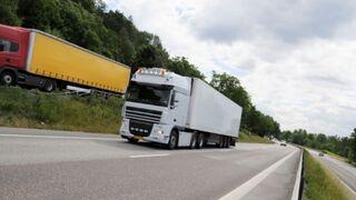 El transporte español reclama al Mitma que siga el ejemplo de Portugal