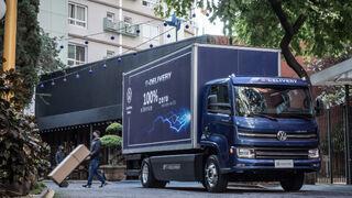 Volkswagen lanza el primer camión eléctrico fabricado en Brasil