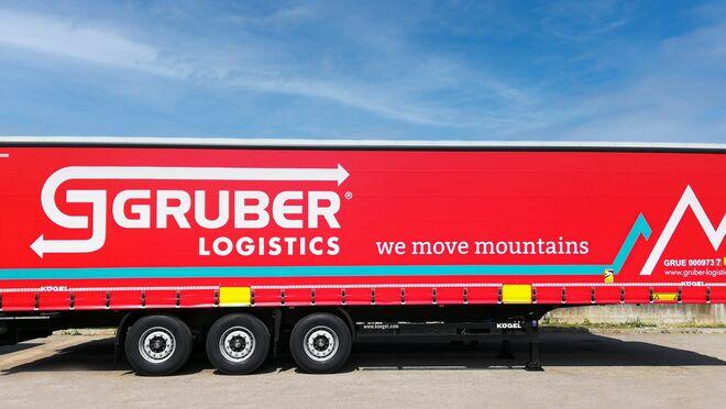 Kögel entrega 80 semirremolques a Gruber Logistics