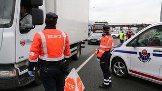 La Ertzaintza refuerza la inspección de camiones