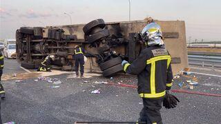 Corte en la M-50 a la altura de Getafe por un accidente entre dos camiones