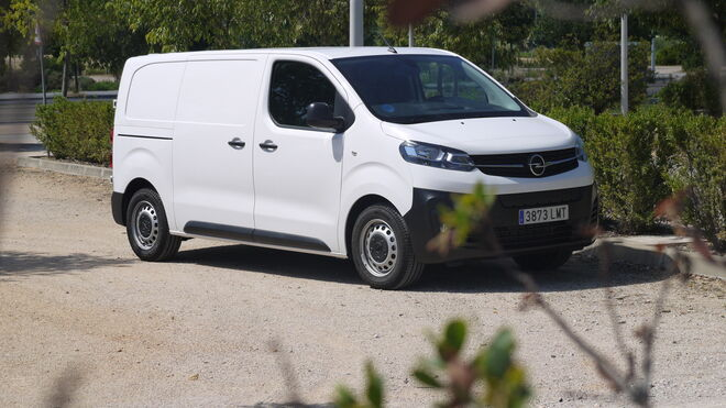 Opel Vivaro-E. A la cabeza en electromovilidad