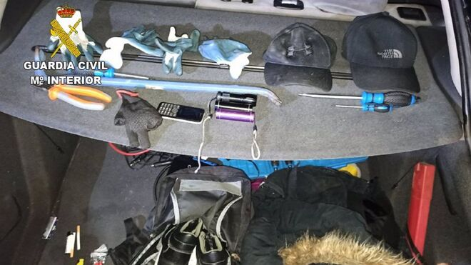 Cuatro detenidos de una banda especializada en robos rápidos en camiones