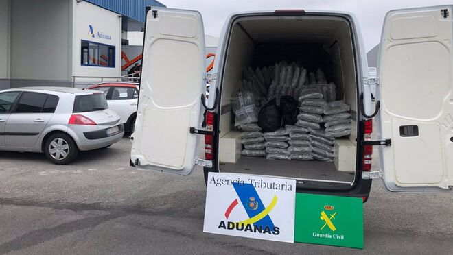 Interceptado un camión en el Puerto de Santander con 283 kilos de marihuana