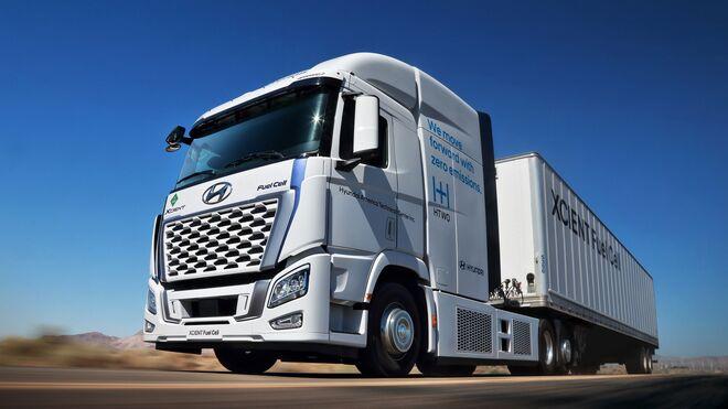 """El Hyundai Xcient """"de hidrógeno"""" rodará en California"""