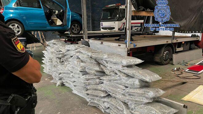 Detenido un camionero polaco con más de 100 kilos de marihuana
