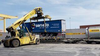 Schmitz Cargobull entrega 60 lonas a Serveto