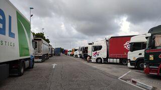 Ya vuelven a estorbar los camiones: regresa la normalidad