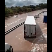 Trampa acuática para camiones en la AP-9 a la altura de Montpellier