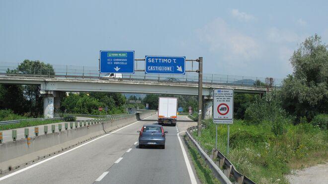 Italia obliga a rellenar un formulario de localización a los camioneros españoles
