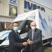 Iveco dona una furgoneta Daily al Banco de Alimentos de Valladolid