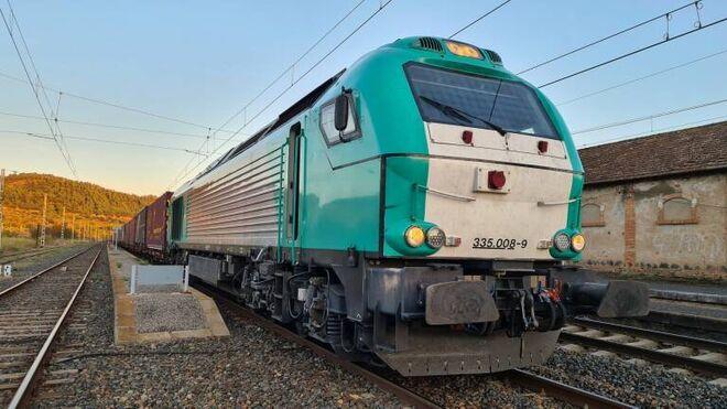 Dos menores detenidos tras bloquear la vía de un tren que transportaba amoniaco