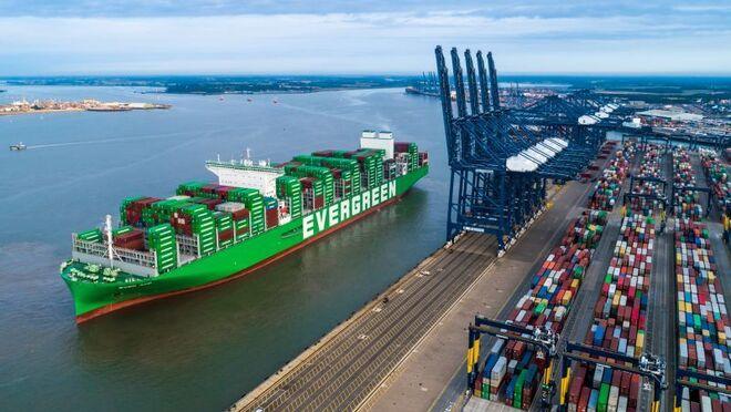 El bloqueo en puertos británicos amenaza los suministros para Navidad