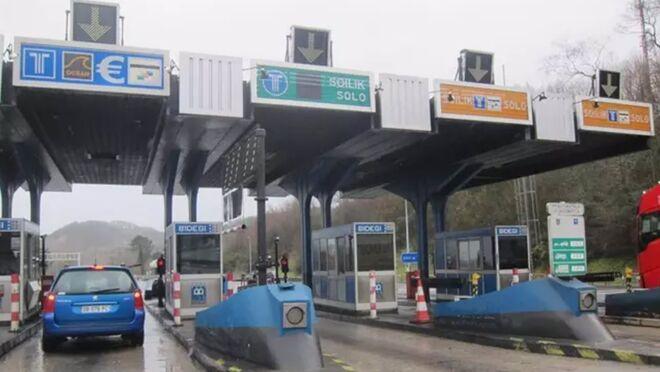 El Gobierno ignora a los transportistas con la implantación de peajes