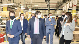 Amazon abre su centro robotizado en Murcia