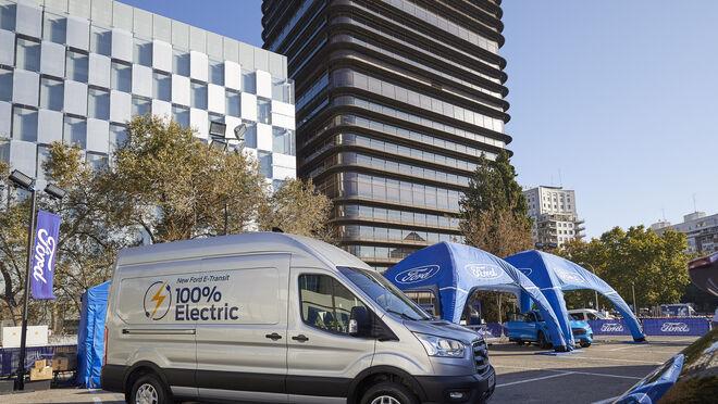 Ford conecta con la E-Transit