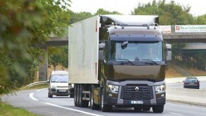 Transportistas cántabros alertan de los efectos en el empleo por el aumento de costes